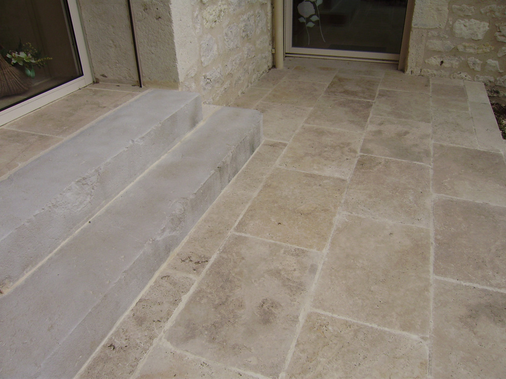 Ringoot construction dallage carrelage interieur exterieur for Carrelage piscine exterieure